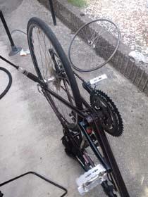 20111010_bike_tyre2.jpg