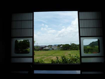 20120715_window.jpg