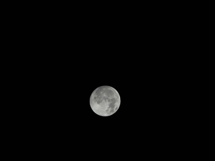 20111209_full_moon_02_xga.jpg